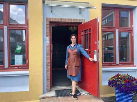 Holder til i Liensgården: Agnete Tjerbo sin gullsmedforretning holder til i andreetasje i Liensgården.