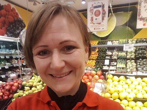 Butikksjef i Extra Gruben, Linda Grønning.