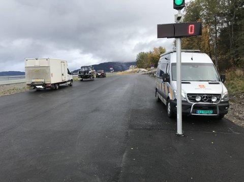 Trafikkontroll i Skamdalen.