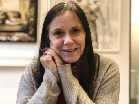 """Utstilling: Anne Gundersen lager utstilling avhøstens fotoprosjekt, """"Ung i Mo i Rana""""."""