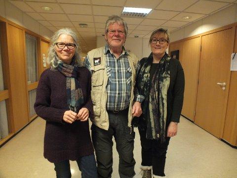 Tone Toft (t.v.) er ny styreleder i Ytre Helgeland lokallag i Naturvernforbundet. Bjørn Økern fortsetter i styret, mens Hanne Nora Nilssen er ny.