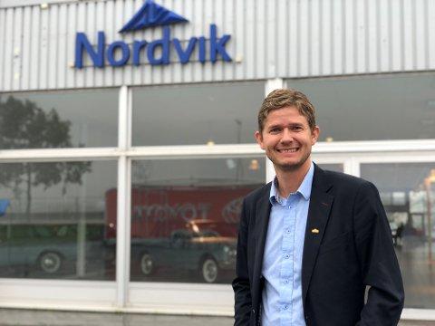 ÅRETS BEDRIFT: - Dette er svært gledelig. Samarbeidet med Ringer i Vannet har gjort inntrykk på oss og det har ikke bare endret meg som person, men også en hel bedrift med ringer inn i organisasjonen, sier Christian Nordvik, daglig leder for Nordvik-konsernet.