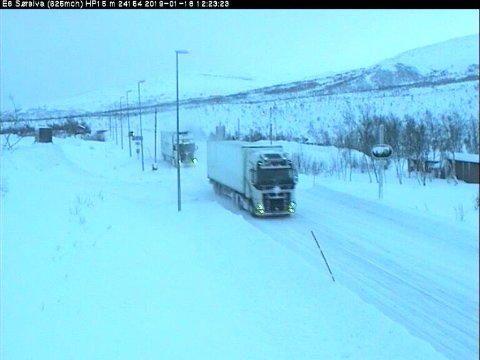 Slik ser det ut på E6 Sørelva, Saltfjellet, fredag klokken 12.35.