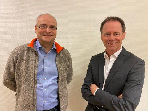 Alexander Krogh (t.v.) og Øystein Rushfeldt, sistnevnte fra Mo i Rana, er glad for framskritt for gruveprosjekt i Hammerfest.