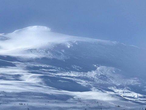 Et snøskred gikk nylig i det populære turområdet ved Høgtuva.