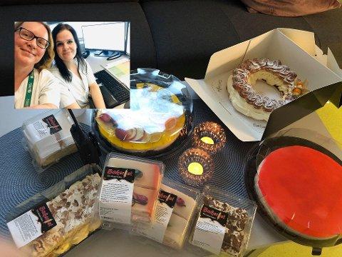 Tina Helander Olsen og Cecilie Sehm på legevakten kunne glede seg over en solid leveranse av kaker i en hektisk hverdag.