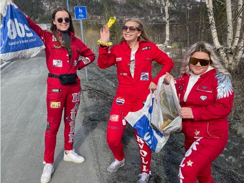Martine Nikolaisen (t.h.) sammen med Oda Myrvoll og Sarah Haugen. Sammen med Kristine Ormseth Hamre og Frida Hagh Drevvatne gjorde de en innsats for seg selv og russeknutene, men også for miljøet og omgivelsene rundt seg.