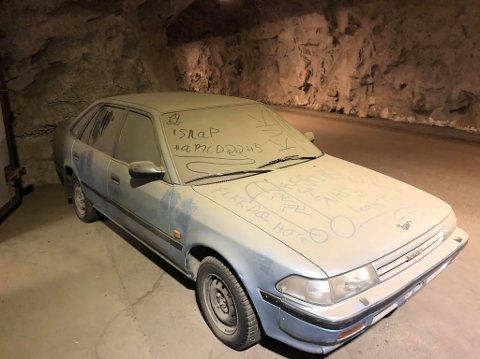 TI DAGER: Eieren av bilen har litt over en uke på å fjerne bilen.