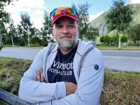 SIVILIST:  Kjetil Valrygg  fra Mosjøen er trolig en av meget få arrestforvaltere som har en bakgrunn fra internasjonale militære operasjoner.