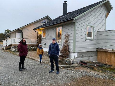 Positive og negative: Både Miriam Paulsen og samboer Andreas Waara har nå testet positivt for covid-19, mens sønnen Matheus på ni og familiens datter har testet negativt. – Utrolig nok, sier moren.