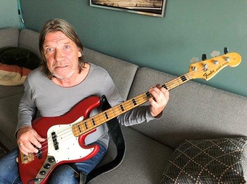BASSIST: Finn Remen var bassist i hammerfestbandet Unit Five i en årrekke. Remen døde natt til torsdag etter kreftsykdom. Foto: Trond Ivar Lunga