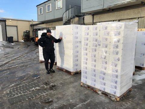 Modolv Sjøset Fisk AS i Træna har slått seg sammen med en annen lokal bedrift. Nå gleder de seg over en god start på vinteren. – Så langt har seifisket vært eventyrlig utenfor Træna. Vi har landet fire ganger så mye fisk I januar i år som I fjor, sier daglig leder Per Arne Ingebrigtsen til Rana Blad.
