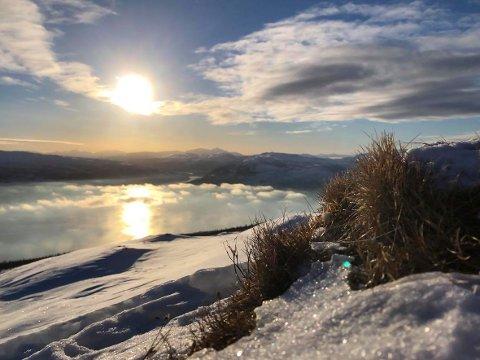 Utsikt fra Slettafjellet 7. februar.