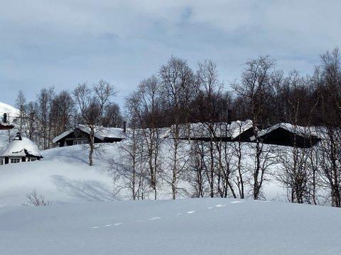Plassen hvor Anne-Lise Solberg og Odd Husnes hytte ligger, har de kalt Solberget.