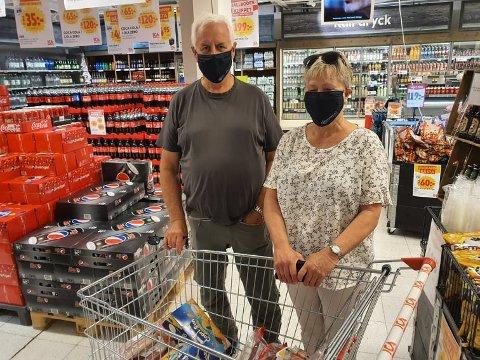 Jan Erik og Annie Hagen er endelig tilbake i Sverige. De har savnet det.