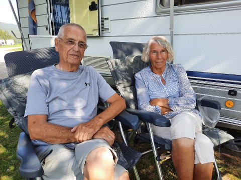 EKTEPAR:  Manfred og Marga Sassenhagen er begge 88 år, men det forhindrer dem ikke fra å kjøre Norge på langs hver sommer.