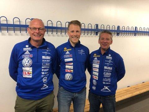 KLARE: Brumunddal har fått på plass trenerteamet til kommende sesong. F.v Morten Svalstad (keepertrener), Vemund Brekke Skard (hovedtrener) og Jørn Vegar Jonsdal (assistenttrener).