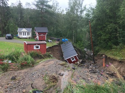 ØDELEGGELSER: Flommen skapte store ødeleggelser i Brumunddal i august. Det er også den saken flest lesere ville ha med seg i 2019.