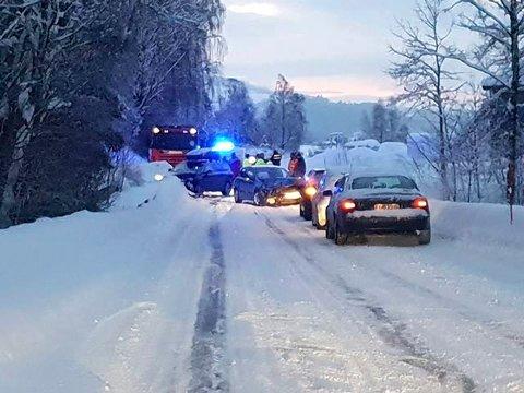 To biler kolliderte i Veldre. Foto: Jeanette Sandbæk Håland