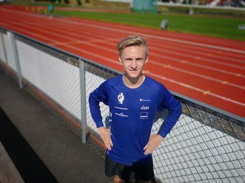 NÆSNING PÅ HAMAR-NM: Petter Johansen (21) fra Nes klarte NM-kravet på 10 000-meter tidligere i måneden etter kun et år som seriøs langdistanseløper. Søndag 4. august løper han i NM på Hamar.