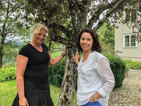 Fagskole: Norges grønne fagskole- Vea åpner en egen kursavdeling. Her ved Markedsansvarlig Grethe Bøhn Busterud og kommunikasjonsrådgiver Dorte Finstad.