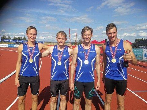 GULLGUTTER : Magnus Bentdal Ingvaldsen, Carl Emil Kåshagen, Mauritz Kåshagen og Jørgen Kåshagen sikret Moelven stafettgull på 1000 meter i NM søndag.
