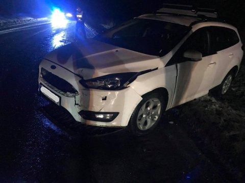 Endte godt: Sjåføren hadde ikke mulighet til å unngå kollisjon da den andre bilen kom seilende i mot på den speilglatte vegen.