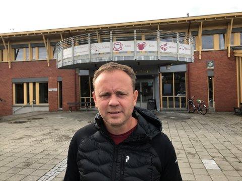 KRISTISK: Ordfører Ole Erik Hørstad i Åmot mener helseminister Bent Høie ikke kan vakle i spørsmålet om hvor Mjøsbrua ligger.