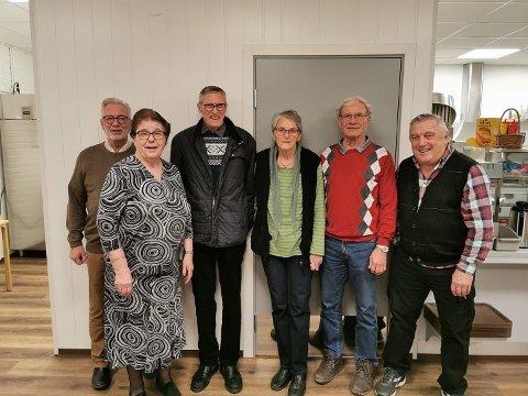 På bildet fra venstre: Jan Ove Andersen (nestleder), Erika Ann Eriksen (leder), Bjørn Otto Syversen (styremedlem), Ragnhild Johnsen (styremedlem), Ole Andersen (kasserer), Asbjørn Sletvold (styremedlem). Ikke tilstede: Lene Kristine Eikeland (sekretær).