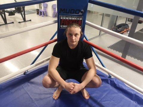ENDELIG TILBAKE: Markus-André Hovde går kamp i England lørdag. Han er foreløpig ubeseiret og strutter av selvtillit.