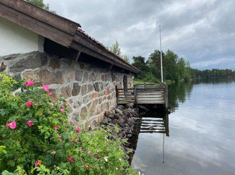 Stiger: Vannet stiger i Mjøsa. Her fra Spritbua.