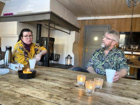 Fortviler: Marit og John Reidar Austerheim har bodd og virket på Fuglseng Legatgård siden 2012. .
