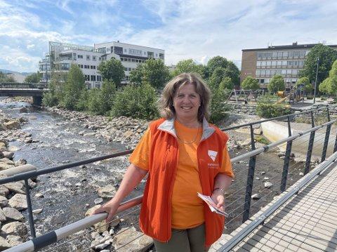 VIL BO HER: Hege Nordahl håper hun får solgt leiligheten i Lier i Viken slik at hun kan flytte til Brumunddal.