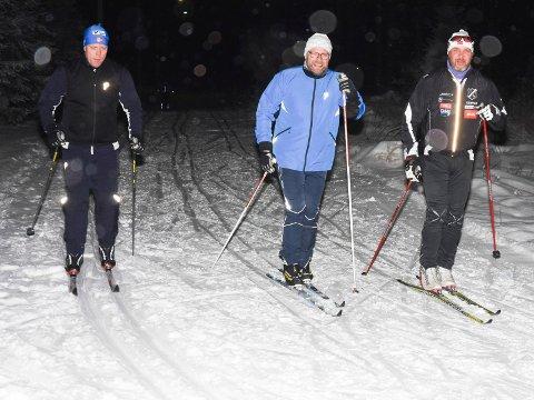 IMPONERT: Stian Haugen, Audun Nordli og Jan Olav Langvandsbråten kom fra Hønefoss for å prøve skiene.