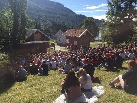 Åpningen av AUFs sommerleir på Utøya 2017.