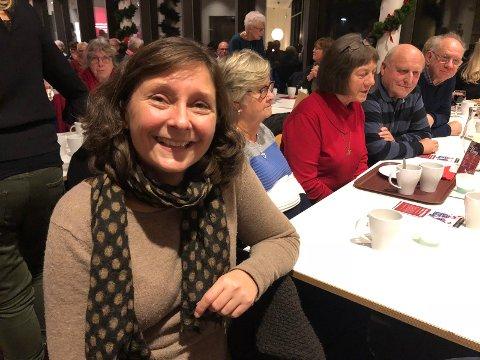 Lena Rokstad er glad for å høre andre julesanger enn de som går på radioen hele tiden.