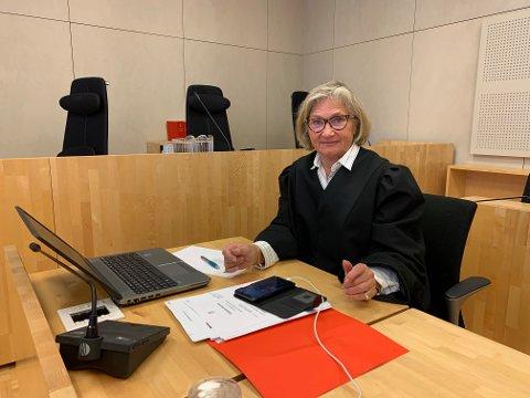 LEGEERKLÆRING: Tiltalte sendte mandag morgen legeerklæring til sin forsvarer Annie Braseth. Han møtte ikke da saken mot ham startet.