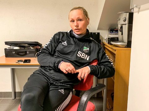 HJEMMEKJÆR: Silje Bekkåsen Nyhagen trives best på AKA Arena, og vil fortsette prosjektet med å bygge et topplag i Hønefoss.