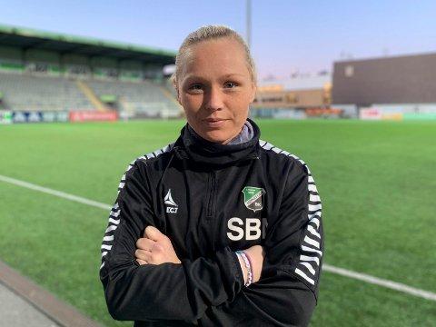 STJERNE: Silje Nyhagen er jaktet på av flere toppklubber, men vil helst bli værende og ta HBK til toppen av norsk fotball.