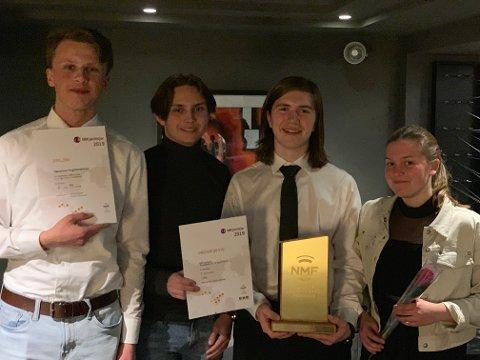 Unge musikanter: De var stolte over NM-trofeene, musikantene fra Hønefoss og Jevnaker.