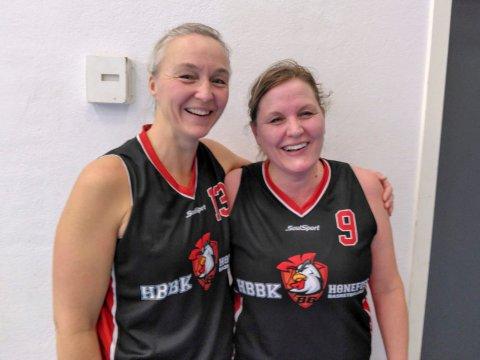 Ida Hamremoen (46) og Inger-Lise Ruud (45) holder fortsatt godt nivå, og bidro sterkt til en ny storseier for basketdamene.