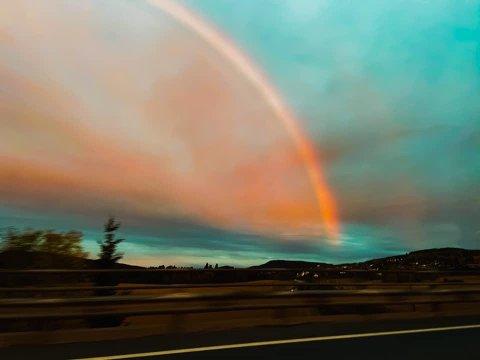 På radioen spilte de «Rainbow in the Dark» akkurat når jeg tok bilde, forteller fotografen.