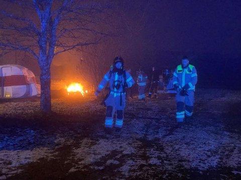 BÅL: Brannvesenet konstaterte fort at det ikke dreide seg om en brann.