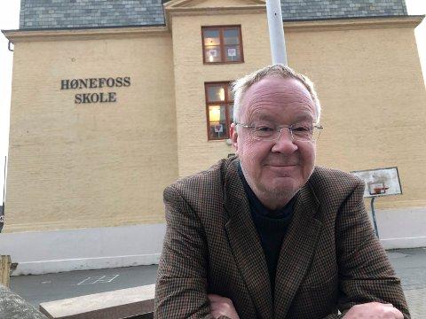 SENDER KLAGE: Terje Andersen har sendt klage til Sivilombudsmannen på vegne av forkjemperne for Hønefoss skole.