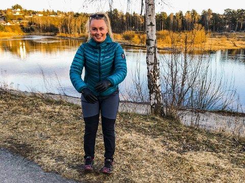 TRAVEL: Vår Synnøve Solbakken flyttet til Hønefoss i høst, og jobber i helsevesenet samtidig som hun driver eget selskap.