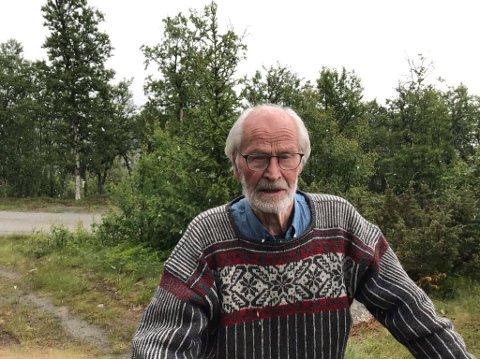 JUBILANT: Einar Bolstad (95) fikk seg en stor overraskelse i forbindelse med bursdagsfeiringen.