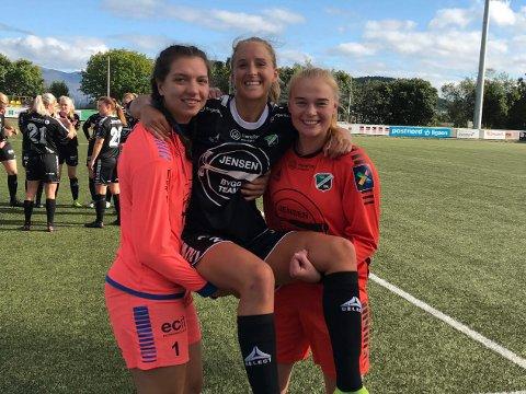 NYKOMMER: Emilie Nøkleby Finnevolden (midten) møtte sitt nye lag torsdag, og spilte fra start allerede søndag.