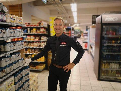 Daglig leder ved Meny Sande, Sten Egil Søberg, forteller at de har ikke opplevd noen økning i salg av muskat.