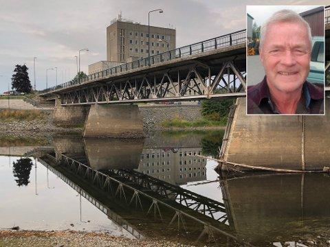 LAV VANNSTAND: - Vannstanden er lav, og alt skal nå være klart til å gjennomføre gravarbeidene, sier driftsingeniør for vann, Ole Morten Solberg.