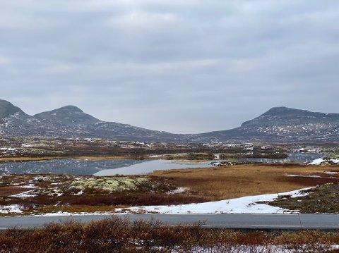 JEGERE OMKOMMET: To unge jegere fra Søndre og Nordre Land ble funnet omkommet i en campingvogn på Venabygdsfjellet søndag kveld.